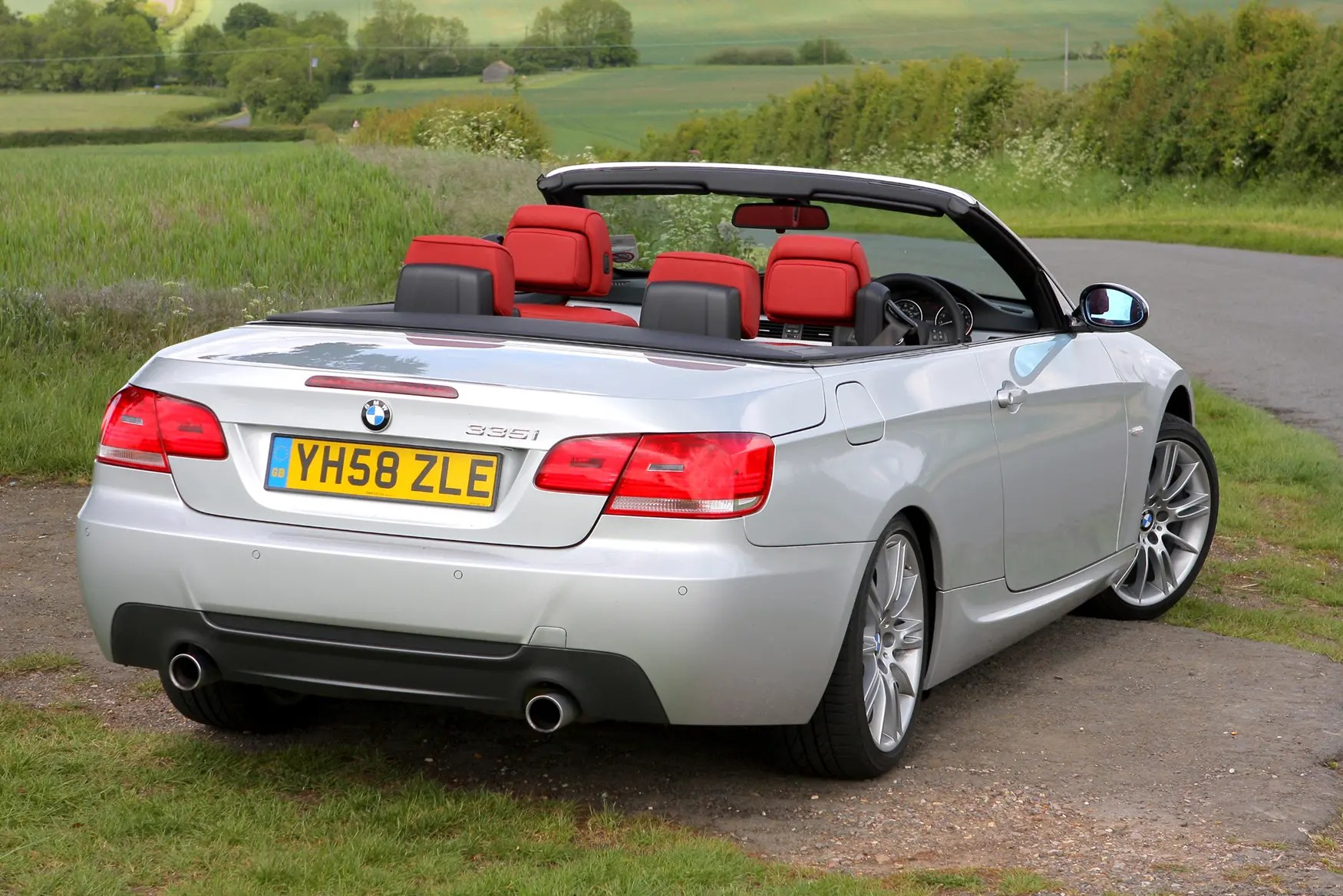 hight resolution of bmw 3 series convertible 2007 2013 features equipment and accessories parkers