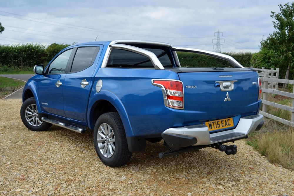 medium resolution of  mitsubishi l200 review blue
