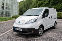 Nissan e-NV200 2018 electric van review - 60% more driving ...