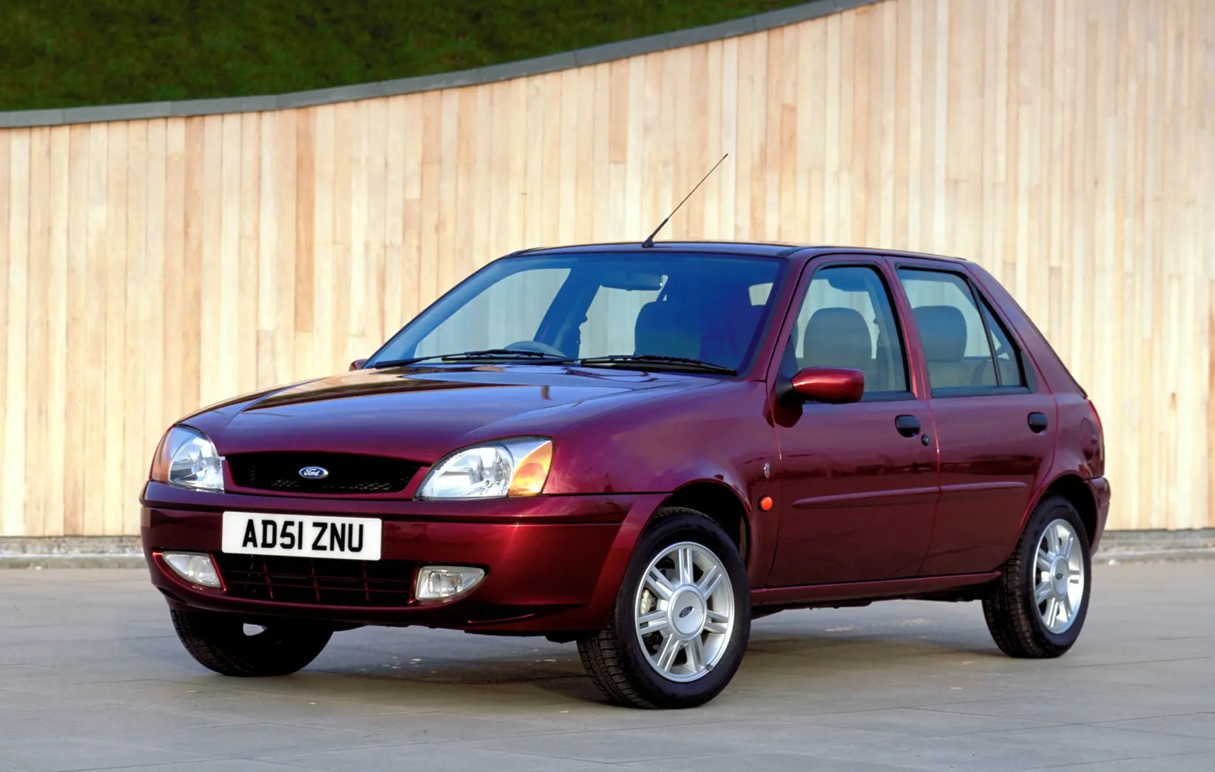 Ford Fiesta Hatchback 1999 2002 Photos Parkers