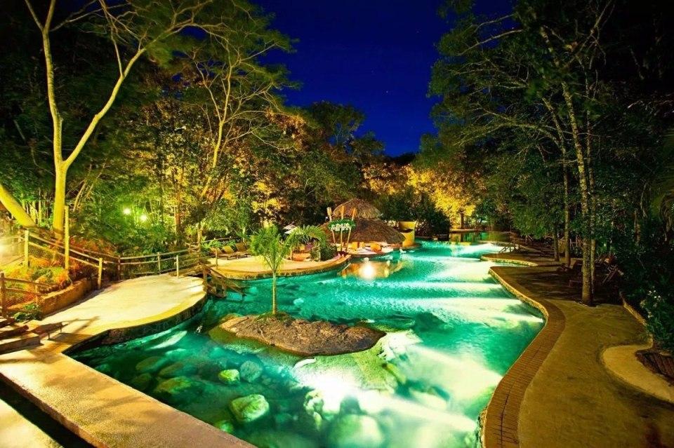 ferias-em-familia-pacote-rio-quente-resorts-5-estrelas