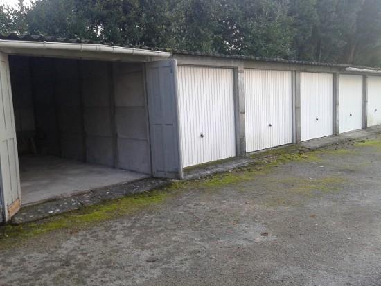 Arnaud achète des garages nantais