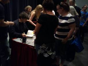 The Amys meet Neil Gaiman