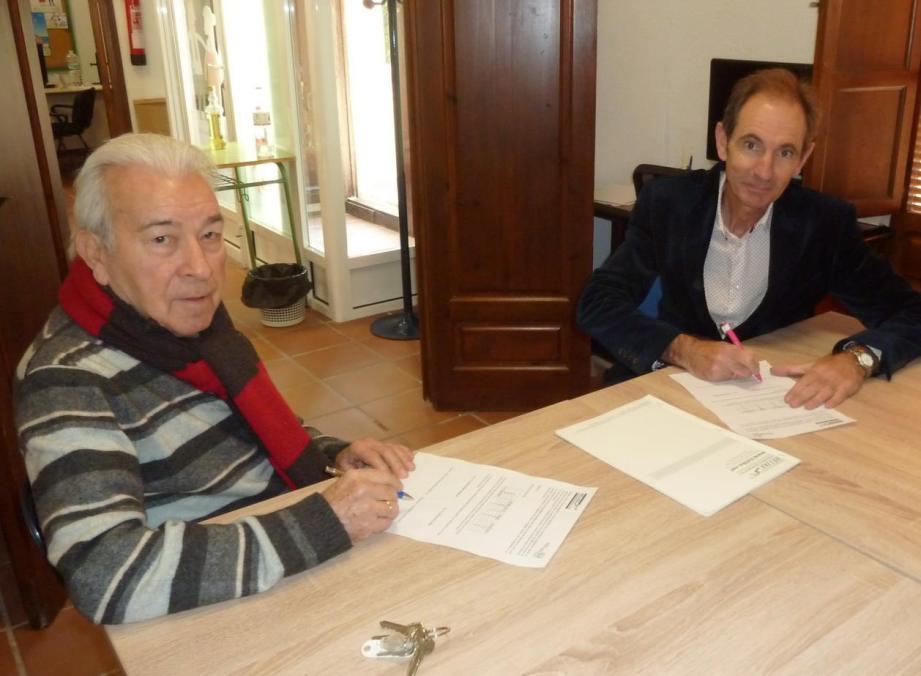 Firma de colaboración Con Servicios de Asesoramiento Deportivo Hélike, S.L.