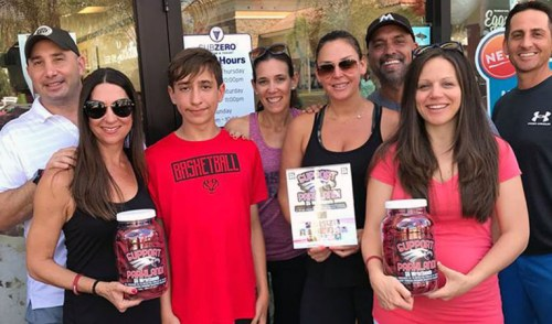 Neighbors Sell Thousands of 'Parkland Strong' Bracelets for Victims' Fund