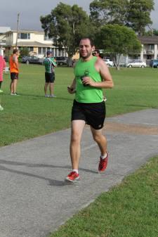 Coming into the finish - Lake Mac (36)
