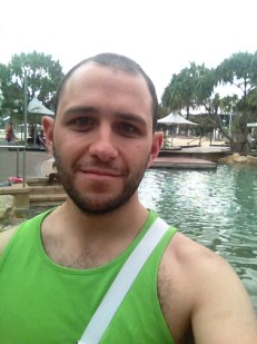 Injured parkwalk selfie at the Streets Beach - South Bank (34)