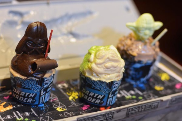 Trio of Star Wars Mini Cupcakes from the Rebel Hangar: A Star Wars Lounge Experience at Disney's Hollywood Studios