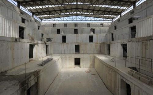 Anselm-Kiefer's-Mysterious-Studio-in-Barjac-4