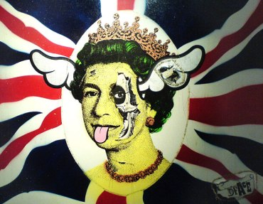 Dog-Save-The-Queen