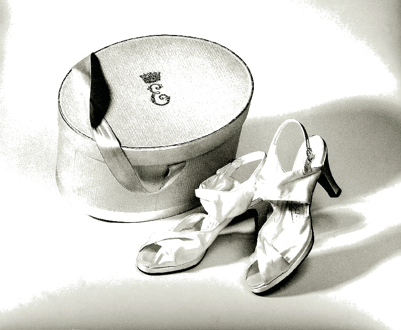 Marriage shoes of Queen Elizabeth II, Shoes, Marie-Josèphe Bossan