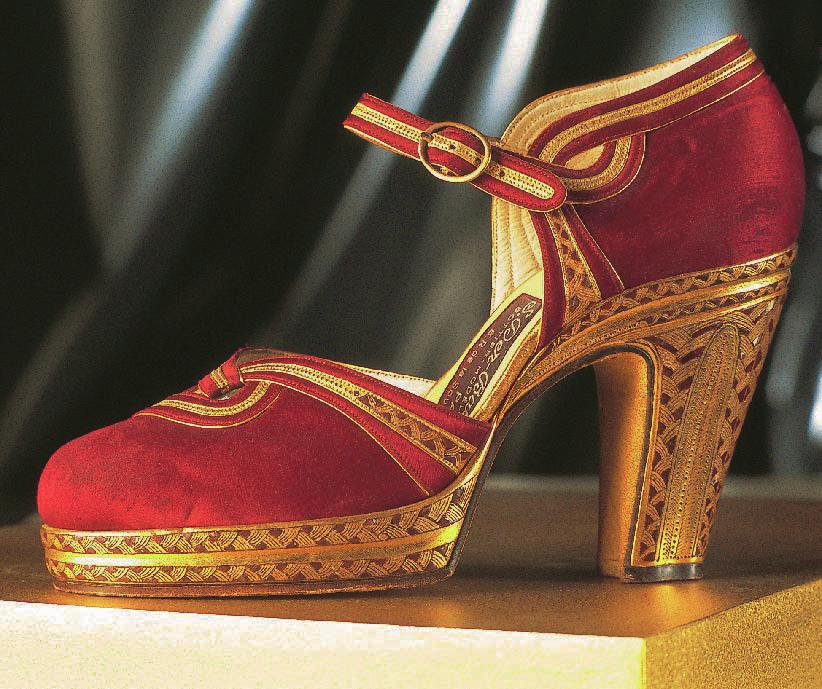 Schuh nach der Art Karls IX, 1947, Schuhe, Marie-Josèphe Bossan