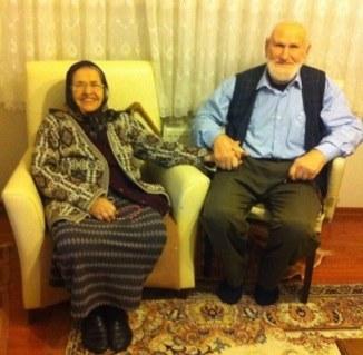 sadakat yaşlı çift
