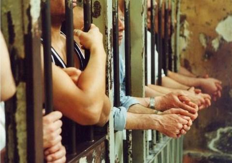 Emergenza carceri: le proposte M5S senza indulti e amnistie. Dalle 11.30 in diretta