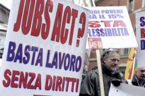 Jobs Act: meno diritti e più precarietà, l'unica speranza è il #redditodicittadinanza