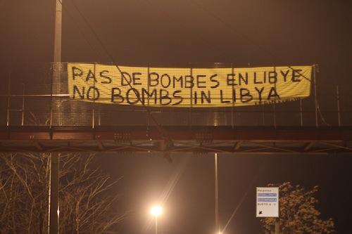 No all'intervento in Libia, le bombe non portano la democrazia!