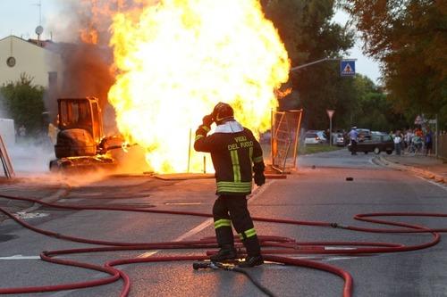 Esplosione Snam: sottoporre rete gasdotti a Vas