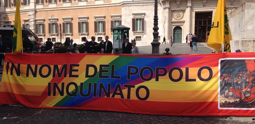Ecoreati, Renzi vuol far saltare la legge, suddito delle lobbies