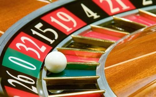 Giochi: il Governo vuole di nuovo tagliare fuori il Parlamento per tutelare la lobby dell'azzardo