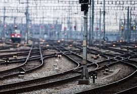 FS: M5S, chi finanzia Isis non deve acquistare quote Ferrovie