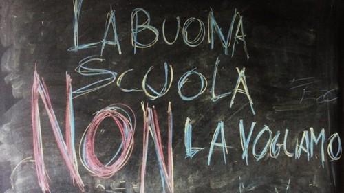 Milleproroghe: sospendere per un anno gli orrori della Buona Scuola