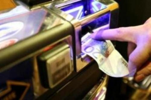 Emendamento anti azzardo affossato da blitz notturno del governo