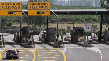 Gravi irregolarità nella concessione ad Autostrade SpA: esposto all'Anac
