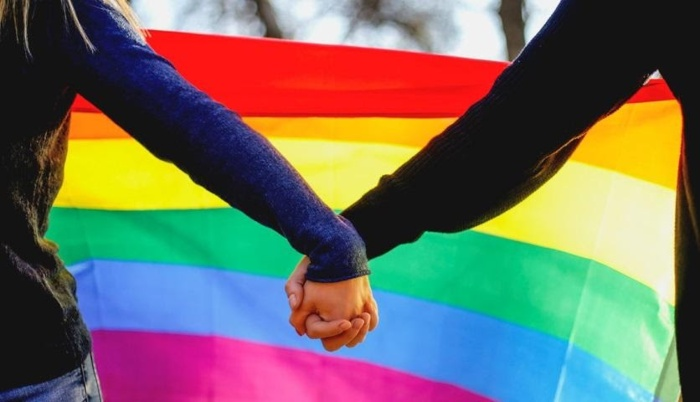 How to Deal with Coming Out as LGBT