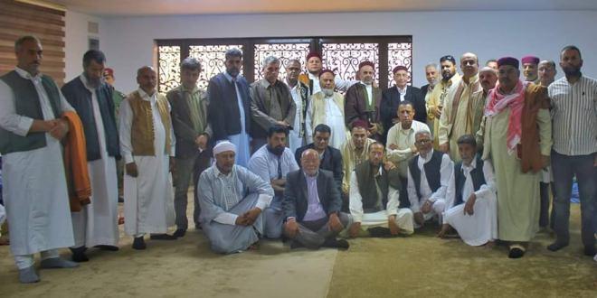 فخامة رئيس مجلس النواب يلتقى وفد قبيلة العواقير ويناقش معهم اخر المستجدات السياسية في البلاد.