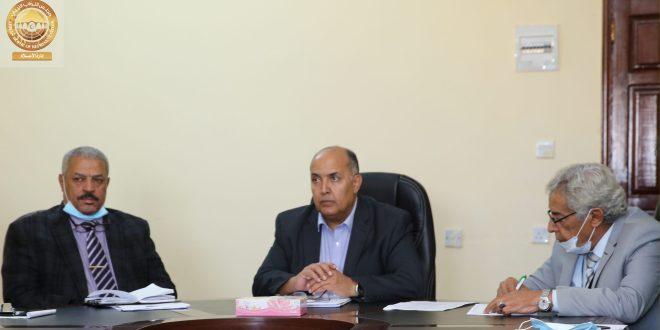 معالي رئيس ديوان مجلس النواب يعقد إجتماعاً بمدراء الإدارات والمكاتب