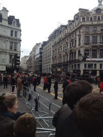 11:05 The gun carriage heads back towards Westminster