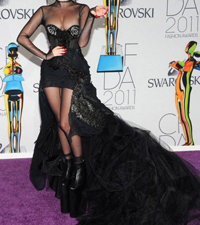 lady gaga_cfda awards 2011_400