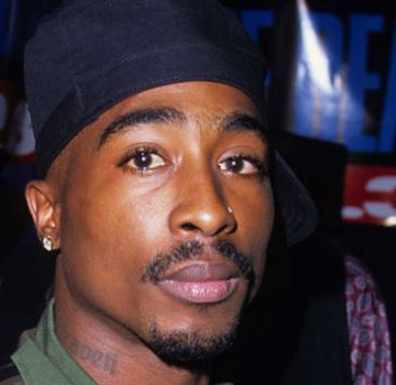 tupac_923thebeat_575