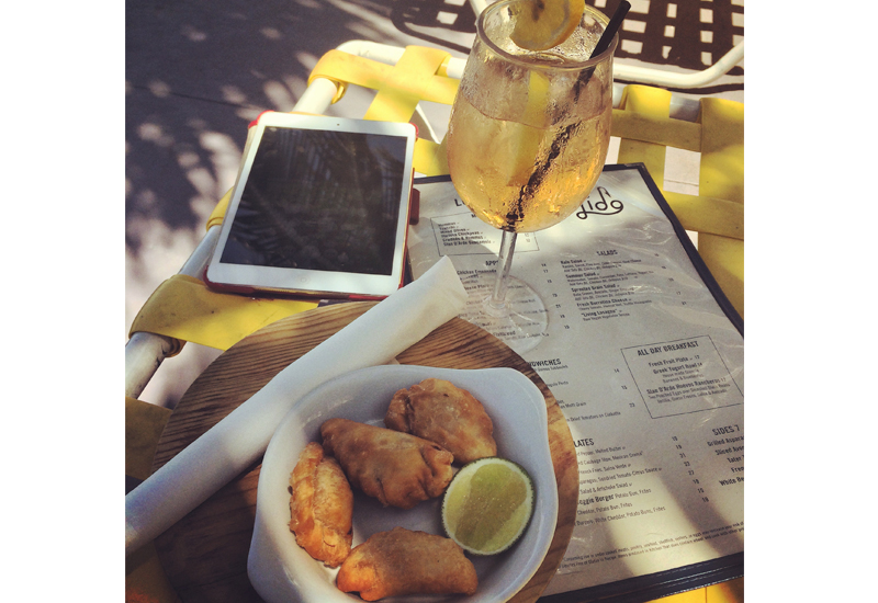 A poolside snack: Boris' empanadas and a Biciclette Rouge @ The Standard Spa Miami Beach