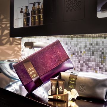 etihad-airways-new-first-class-amenities-kits-by-leading-brands1