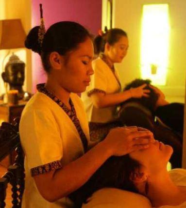 Scusi mi aiuta a mettere gli slip Strane richieste nei centri massaggi  Parma  Repubblicait
