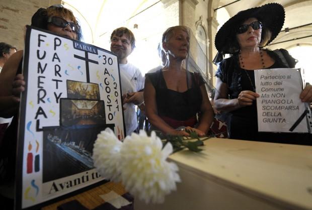 Funeral party degli indignati