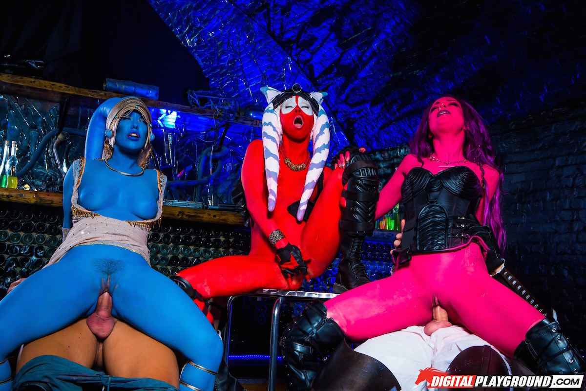Star Wars Underworld, XXX Parody, Porn DVD, Digital Playground, Aria Alexander, Eva Lovia, Misha Cross, Alessa Savege, Ella Hughes, Juan Lucho, Luke Hardy, Marc Rose, Monty Don, Nacho Vidal, Nick Moreno, Blowjob, Deep Throat, Gagging, Cumshot Clean-Up, Missionary, Indoors, Blockbuster, Sex, Sci-fi-Genre, Blowjob, Face Fuck, Pussy Licking, Doggystyle, Handjob, Parody, Cosplay, Parody-Genre