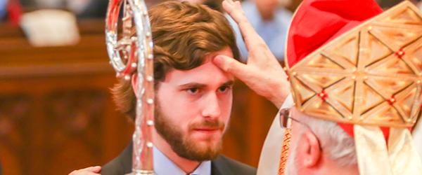 Confirmation, onction du Saint-Chrême