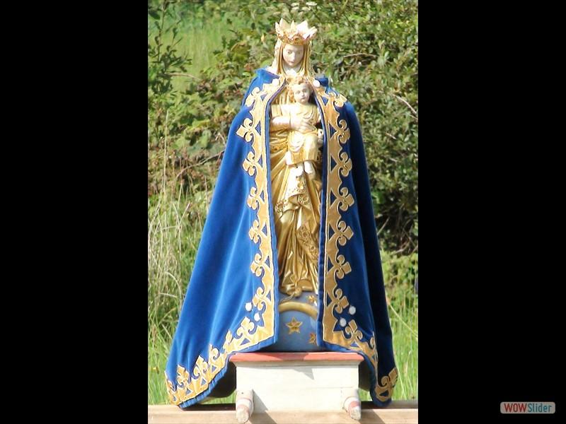 Pardon de Sélédin Statue de ND de Sélédin 2