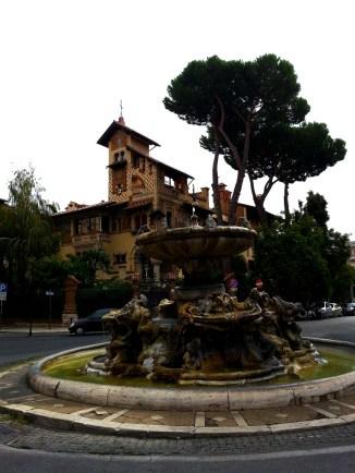 Fontana delle rane, piazza Mincio