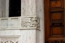Palazzo del Ragno, dettaglio grifone, Coppedè