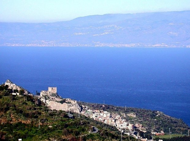 Scaletta-Zanclea-Sicilia-Vento-Canale-Andrea-Ambrosino