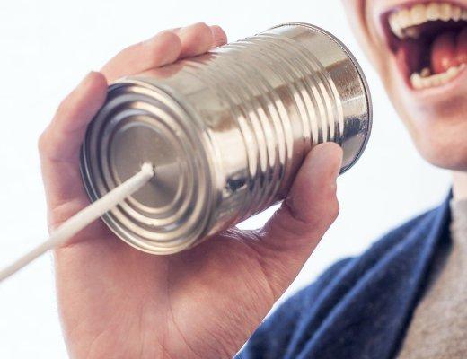 Troppe chiacchiere e poco ascolto: vai da Momo che ti passa (immagine via Pixabay)