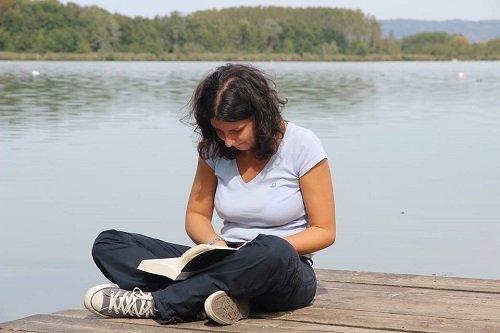 Elisa Ponassi: lettrice, blogger e traduttrice