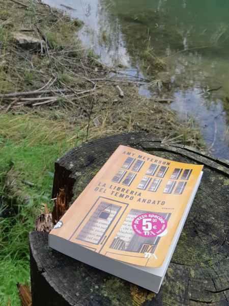 La libreria del tempo andato al Lago di Barcis