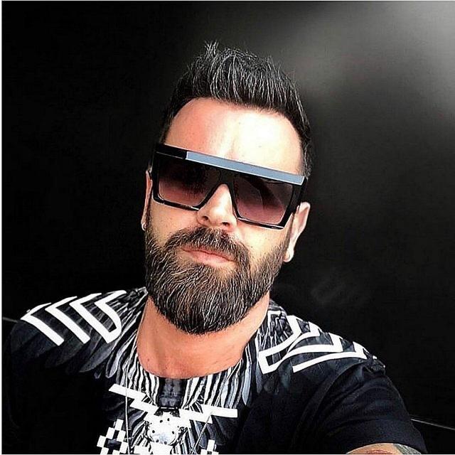 Hugo fekete unisex kocka napszemüveg