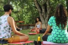 Exercícios de respiração pra relaxar. Domingo no Baobá. Setembro de 2016