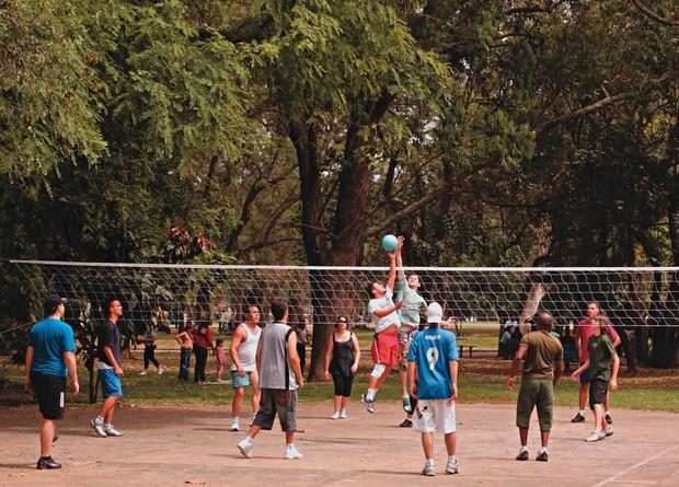 Quadra adaptada para vôlei. Foto: Fernando Moraes/Vejasp
