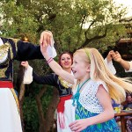 Celebrando a Grecia en el Disneyland Resort